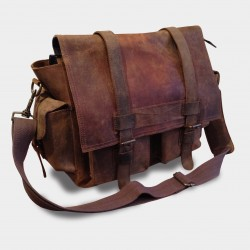 """Picture of Our Men's Leather Bags \\ """"Montreal \\"""" shoulder bag at L instant Cuir"""